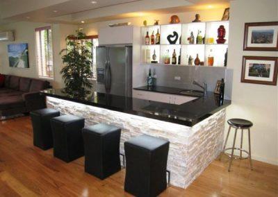 stack stone bar-min